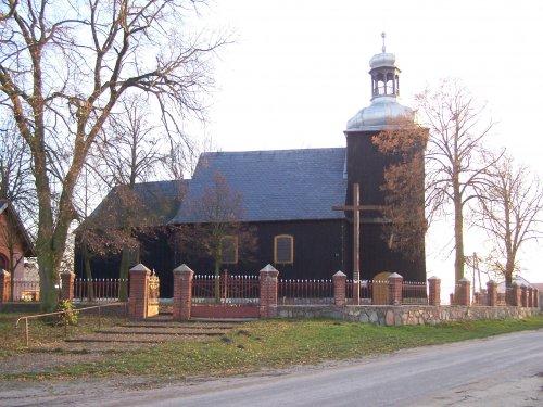 Kościół wSiedlimowie fot. arch. Starostwa Powiatowego wMogilnie